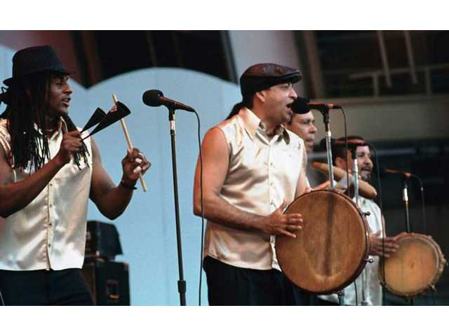 Plena Libre brings sizzling Puerto Rican rhythms to the Hollywood Bowl and gets the crowd on its feet during the 30th anniversary Playboy Jazz Festival.