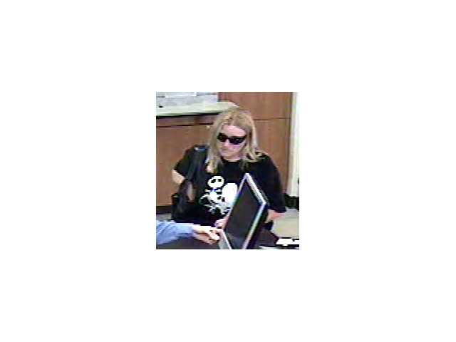 Detectives from the Santa Clarita Valley Sheriff Station's Robbery and Assault team would like to speak to this woman regarding an attempted bank robbery in Stevenson Ranch on Tuesday.