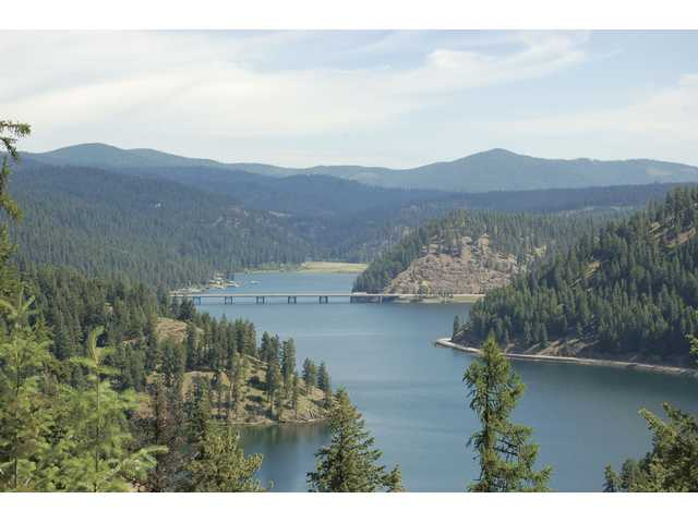 The view from the 37-mile scenic drive that loops around Lake Coeur D' Alene in Idaho is picture postcard perfect. Allow two hours for the round trip.