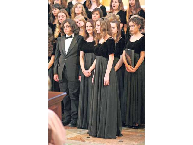 A group of 86 students from Valencia High School's choir students held concert performances throughout Italy, including the Vatican, while on a recent school trip.
