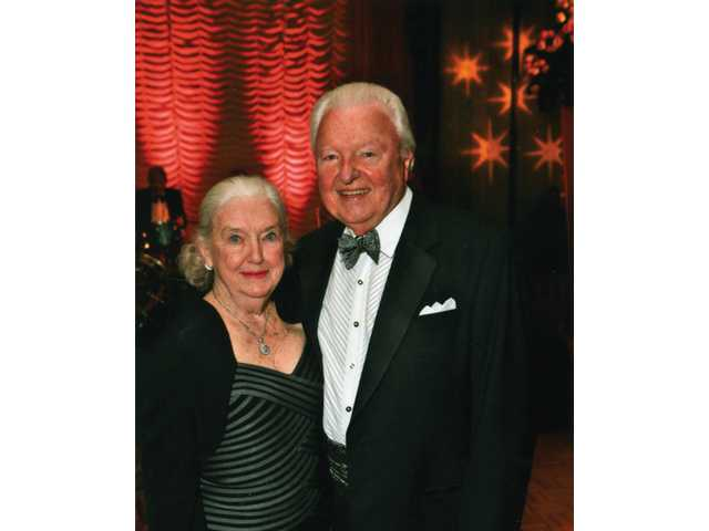 Harold and Jacqulyn Petersen will be honored by the College of the Canyons Foundation as the 2009 Silver Spur Community Service Award honorees.