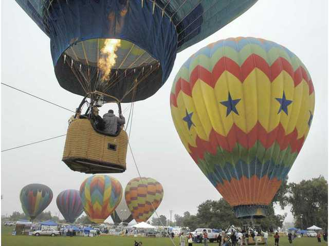 Hugging the ground: Citrus Classic Balloon Festival