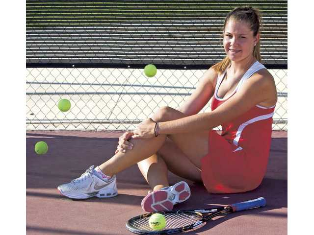 Competitive nature: Anne Susdorf takes 52-match win streak into Foothill League play