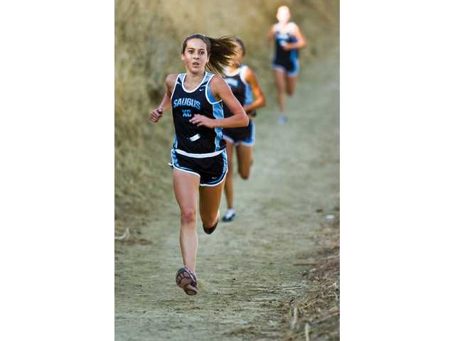 Saugus' Kaylin Mahoney won her Foothill League finals race at Castaic Lake on Thursday in 17:36.