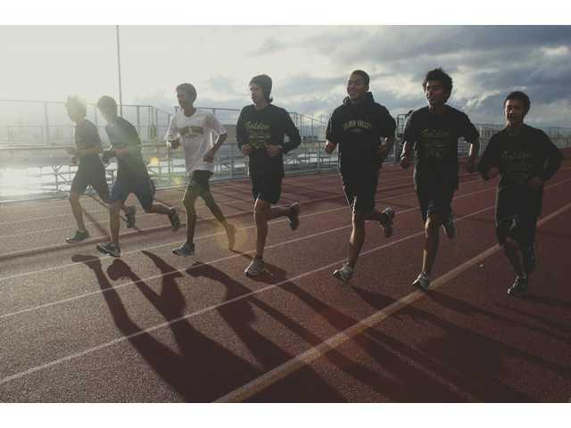 Golden Valley High School's cross country team.