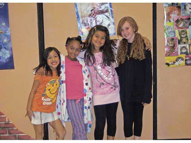 The cast included: Dana Marie Saulo, Chaisten France, Kiara Gunn and Jazmin Lee; (above left) Simon Saddy, Josie Burger and Jimmy Warshawsky.