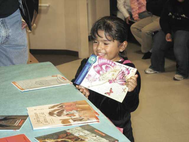 Canyon Springs hosts family reading night