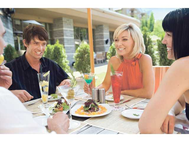 Enjoying your patio in the summertime is just one of the many perks of living in Southern California, especially in warmer areas such as the Santa Clarita Valley. Eating outdoors is a great way to connect with friends and family.