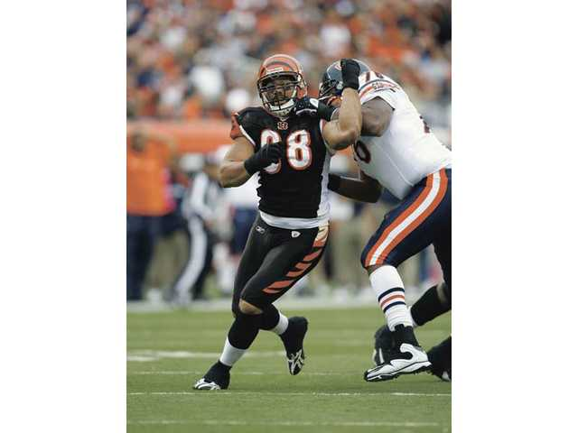 Former College of the Canyons defensive lineman Jonathan Fanene is a key component of the Cincinnati Bengals' defense heading into 2010.