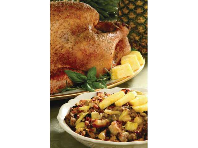 Pineapple-sausage stuffing