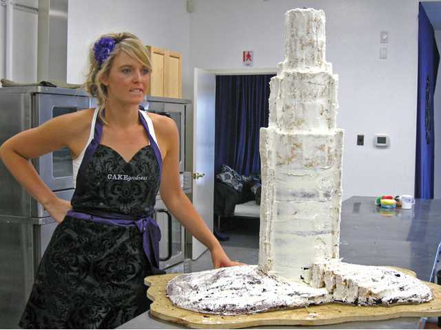 "Melinda Piligian, owner of Cake Goodness, creates a replica of the 73-story U.S. Bank Tower in Downtown Los Angeles for ""Fabulous Cakes."" The skyscraper is the tallest building in L.A."