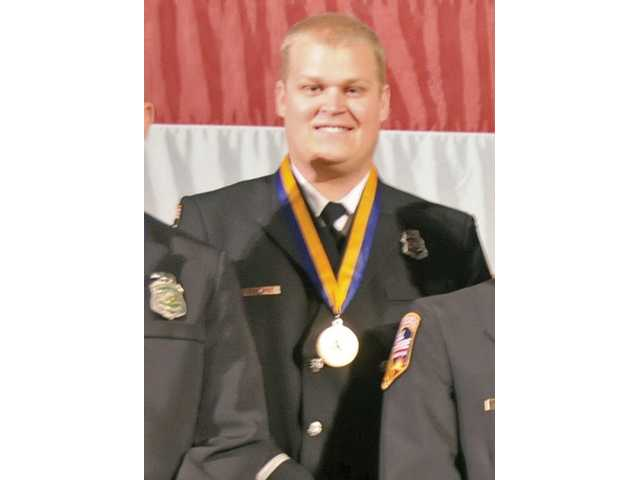 Local earns award for valor