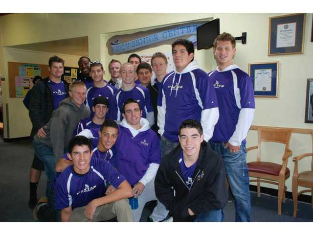 Valencia High School's football team visited the Santa Clarita Valley Senior Center on Thanksgiving.