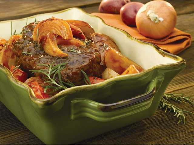Slow-cooker pot roast with onions
