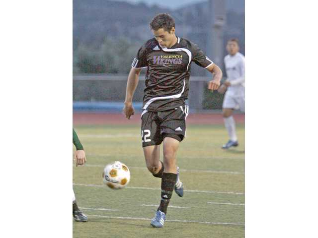 Valencia's Ben Beilin, a returning All-SCV first-teamer, has helped the Vikings get off to a great start in 2010-11.