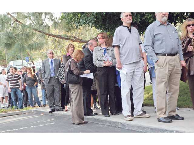 Job-seekers lined up last January outside Santa Clarita's new Census Bureau office in hopes of landing one of the estimated 1,500 part-time and full-time positions created for the data gathering effort. U.S. Census data released Tuesday showed statewide population gains at their lowest point since the 1930s, despite a nearly 17-percent local increase.