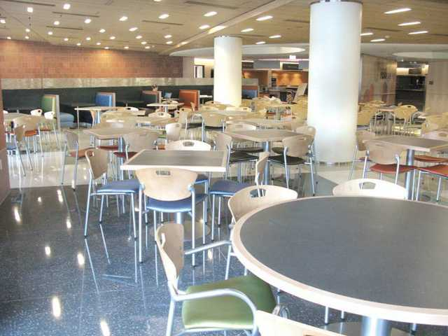 The space in the new cafeteria at the Children's Hospital Los Angeles was designed and furnished by BKM Office Environments. The new eatery, called HBO Café, is for employees and patient visitors, and sponsored by the cable-broadcast company HBO.