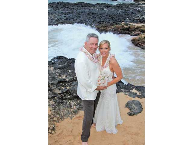 Robert and Lynn Haueter were married Feb.10 on Maui.