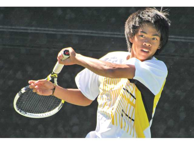 Prep boys tennis: All Vikings on the forefront