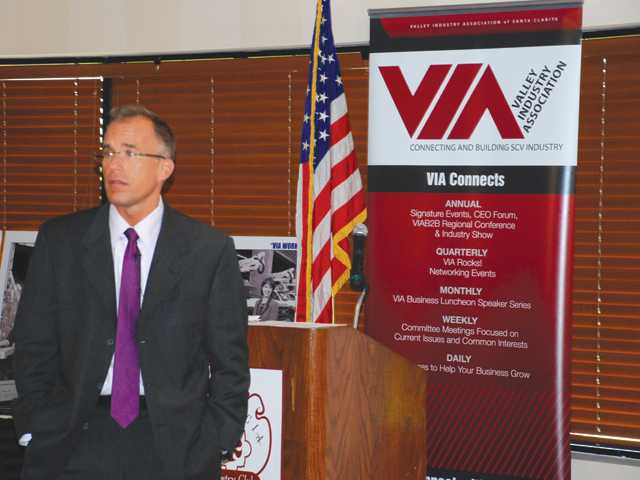 Investment strategist Brian Belski spoke at a Valley Industry Association event Tuesday.