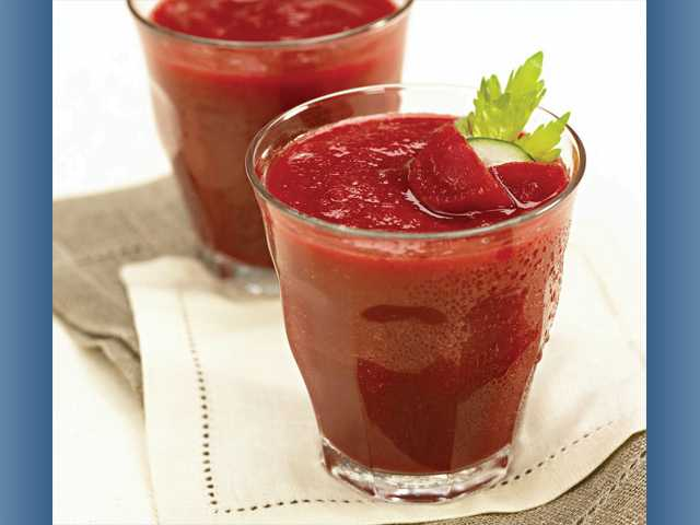 Beet sizzler in a glass