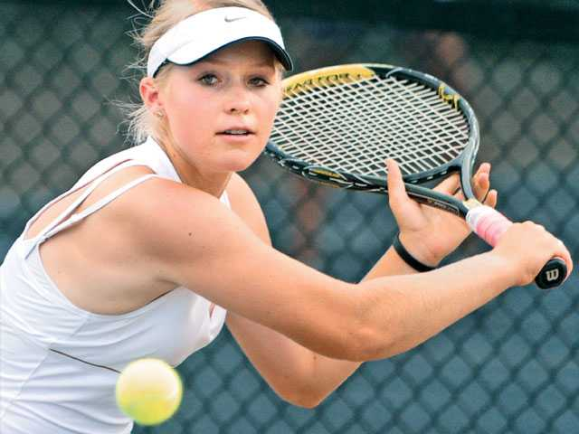 Foothill girls tennis: Gritty victory