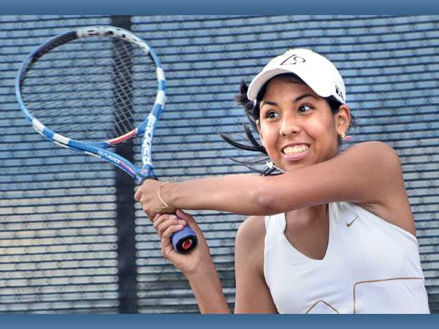 Foothill girls tennis: West Ranch pulls away late
