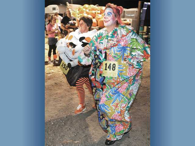 Costumed runners go on Monster Dash in Valencia