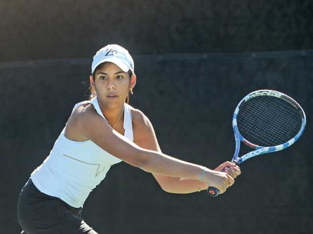West Ranch's Ana Cecilia Fuentes competes in the Foothill League prelims on Wednesday at The Paseo Club. Fuentes advanced to the semifinals, which will be held today.