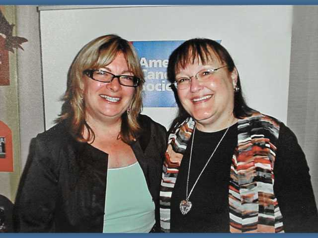 Left to right, incoming American Cancer Society SCV Leadership Council President Andie Bodgan and Nancy Coulter, immediate past president.