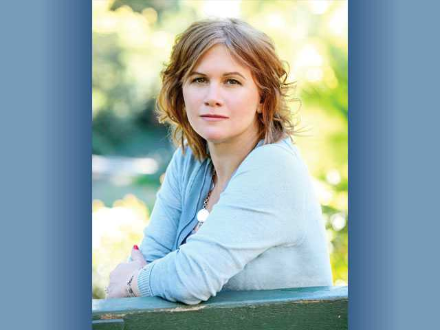 "Actress and Valencia resident Tracey Gold is the producer and host of ""Starving Secrets,"" a six-part docu-drama that will air its first episode on Lifetime today. The former ""Growing Pains"" star battled anorexia nervosa in the public eye as a young woman."