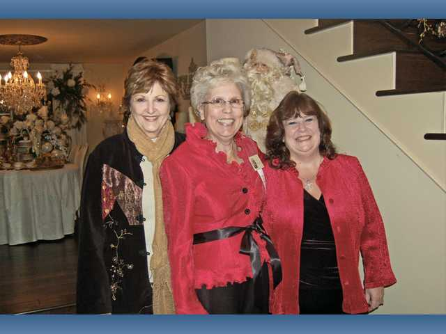 Left to right, Diana Vose, Sue Smyth and Julia Hicken on the Home Tour.