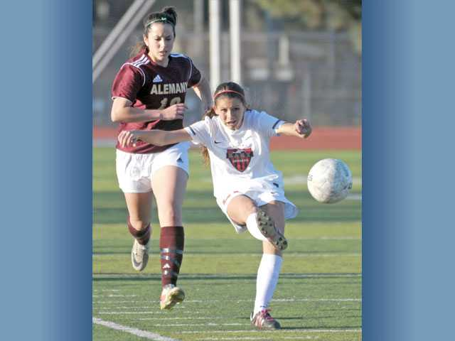Saugus girls soccer: Empty feeling