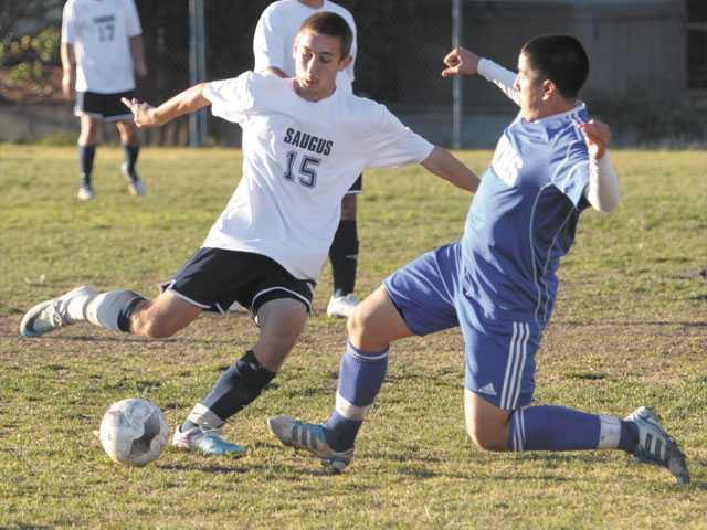 Prep soccer: Centurions' finish stings