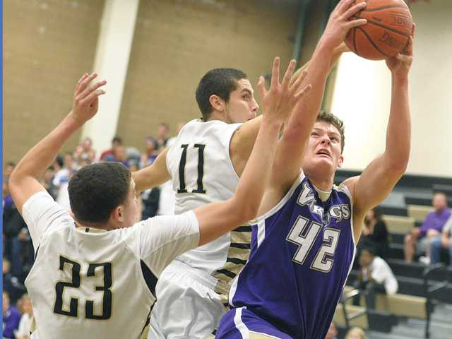 Foothill League boys basketball: Early closers