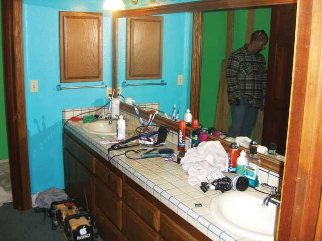 This dated bathroom desperately needed a remodel.