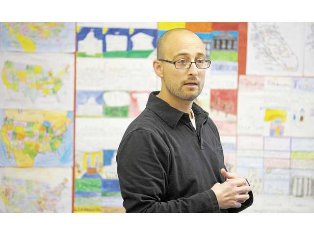 David Stepner leads a split fourth- and fifth-grade class at Cedarcreek Elementary School in Canyon Country.