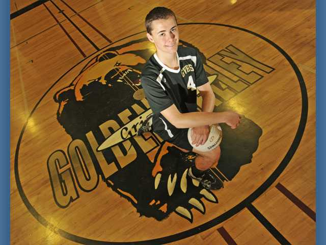 Golden Valley's Zach Pearce has helped teammate Alec Schlossman rack up an eye-opening 572 kills in 2012.