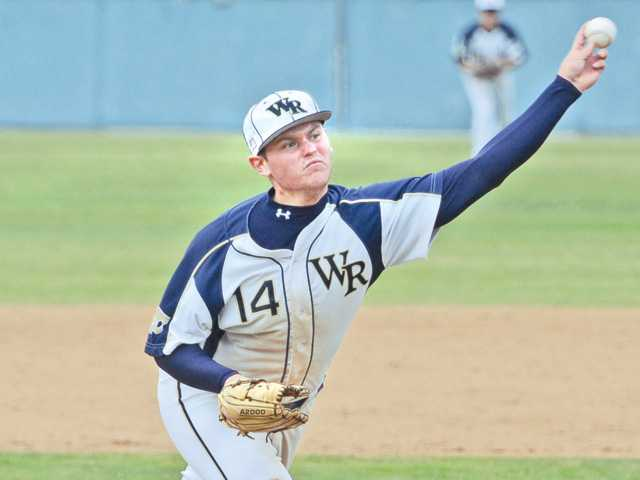 Foothill League baseball: Cloney at his best