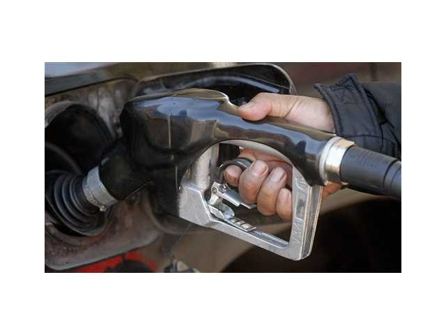 Price of oil still falling as supplies grow
