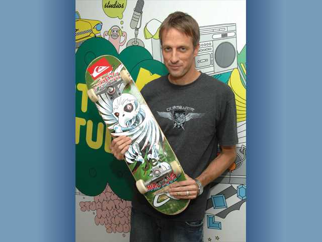Pro-skater Tony Hawk heading to Santa Clarita Valley in July