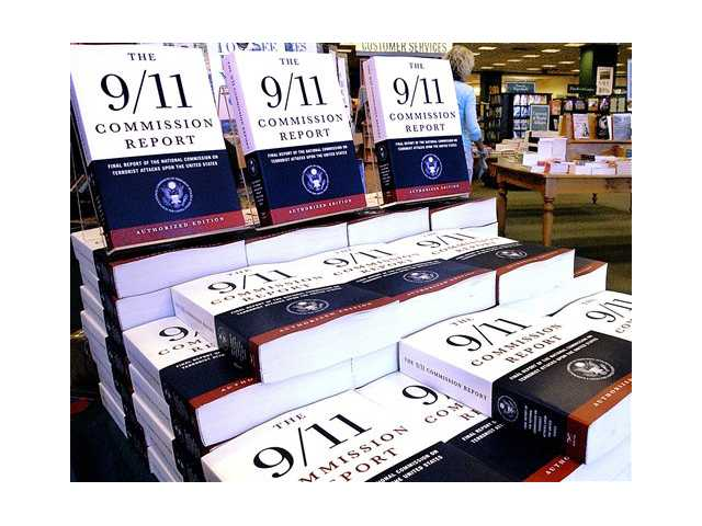 "This July 22, 2004 file photo shows a Barnes and Noble book store in Springfield, Ill., displaying ""The 9/11 Commission Report"", the final report of the National Commission on Terrorist Attack upon the United States."