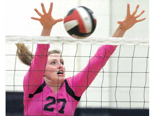 The Master's College volleyball player Tori Callihan.