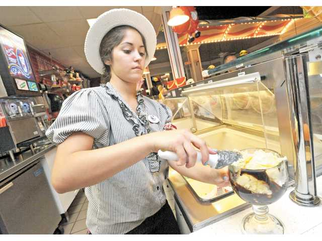 Casey Helton creates an Oreo Bliss at Farrell's.