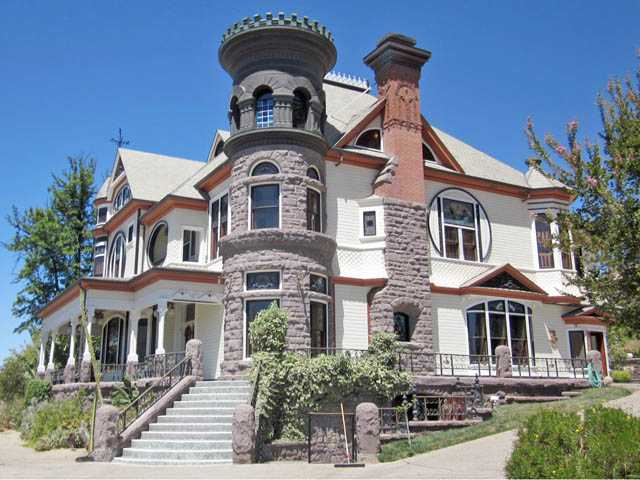 "Many movies and television shows, including ""Murder, She Wrote"" and ""The Incredible Hulk"" have been shot at the Piru Mansion throughout the years."