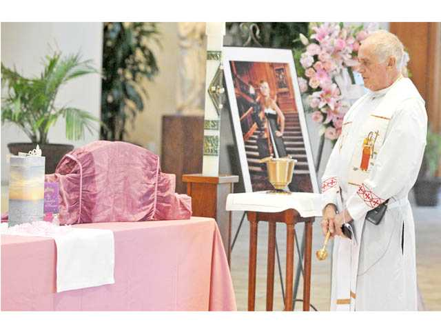 Funeral held for 'Princess of Courage'