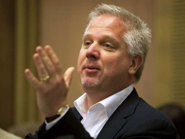 Glenn Beck on Wednesday used his show to complain that an American Airlines flight attendant treated him rudely.