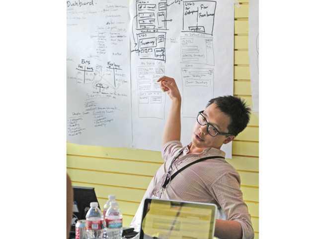Designer Patrick Wu discusses the design of the IdeasMo website.