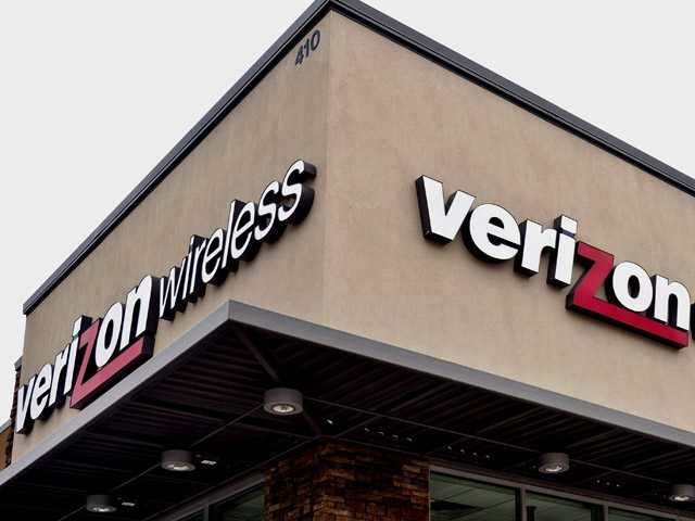 Verizon is launching its 4G LTE service in the Santa Clarita Valley on Thursday. It's the first major carrier confirmed to provide such coverage in the area.