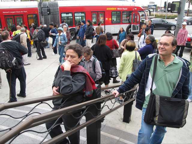 Bomb scare shuts down LA's Union Station